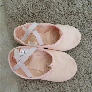 Dance slippers for toddler girl.
